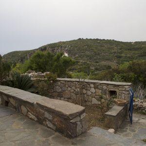 μπροστινή αυλή (1800x1200)